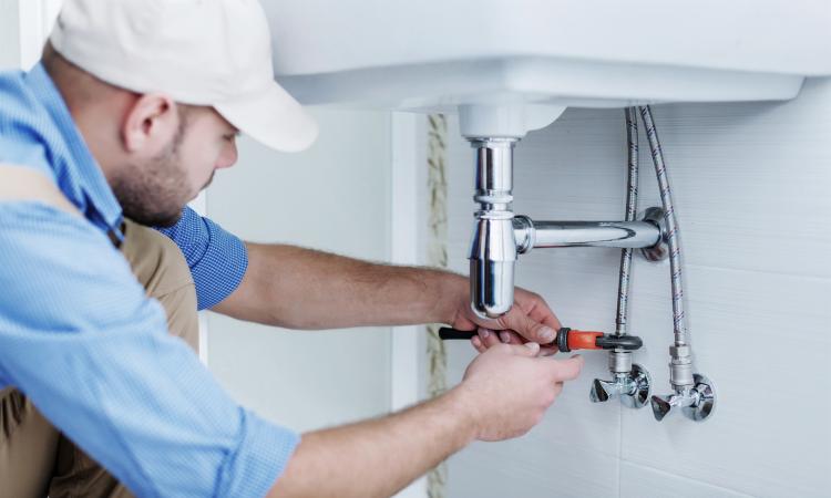 Comment détecter une fuite d'eau dans une maison ?